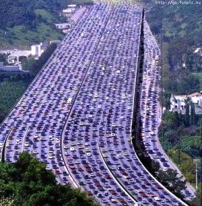 highway-freeway-São-Paulo-traffic-Living-in-Brazil